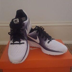 Womens Nike Air Zoom Pegasus 34 LE